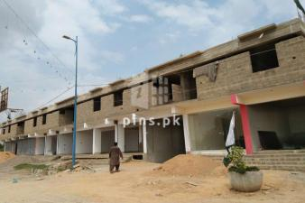 421 Squire feet Apartment for sale in Malir Luxuria phase 1