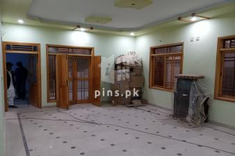 Brand new 3 bed d.d portion in Block 7 Gulistan-e-Johar