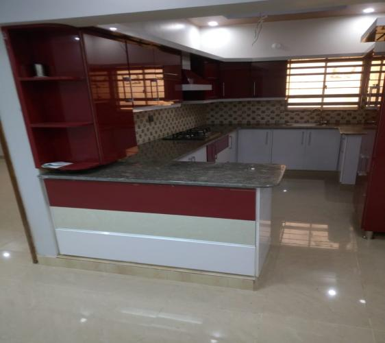 3 Bed DD flat for sale in a VIP location Gulshan-e-Iqbal Block 3