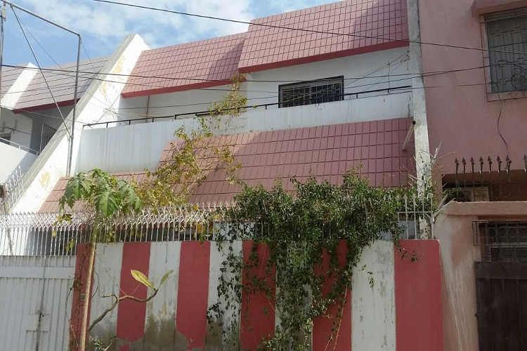 120 Sqy One Unit Beautiful Bungalow in Sasi Homes