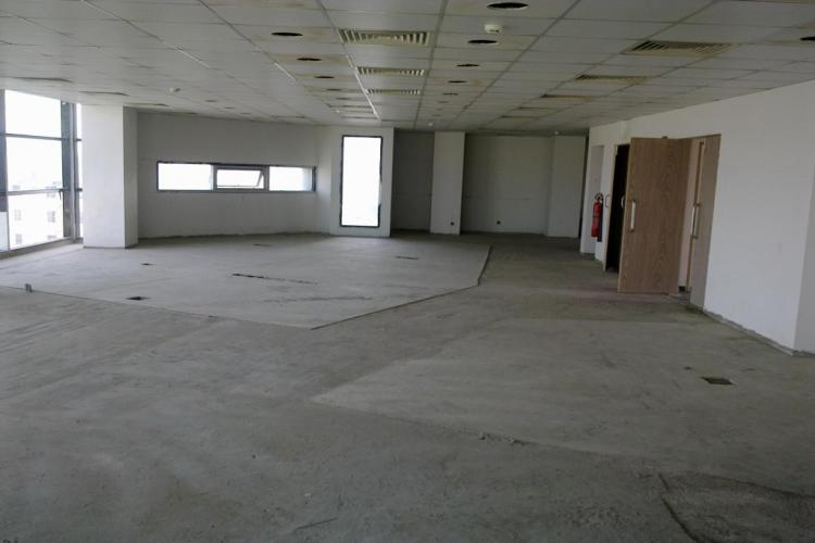 2500 sq-ft Office Space on Rent in Sharah-e-Faisal, Executive Office Project