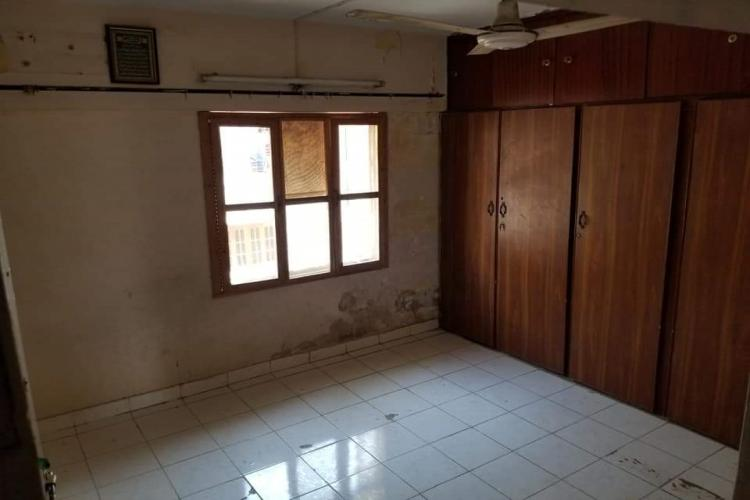 West Open Flat Availalble for Sale In Main Haidry Market North Nazimabad