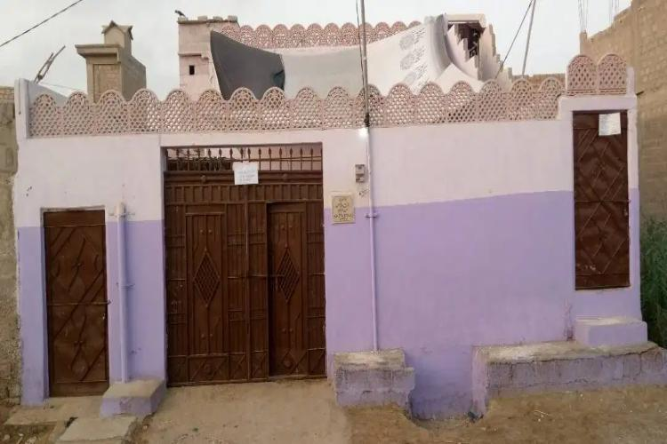 200 yards HOUSE FOR SALE IN SULTANABAD CO OPERATIVE HOUSING SOCIETY MANGOPIR KHI