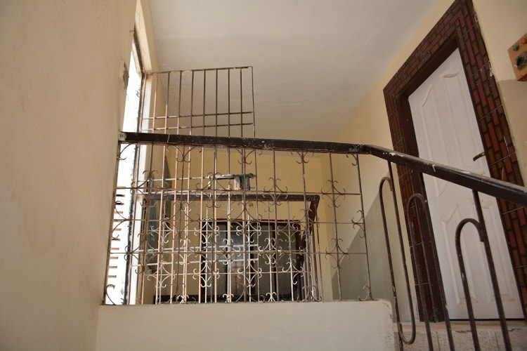 160 yards Corner House for Sale in Moinabad Malir
