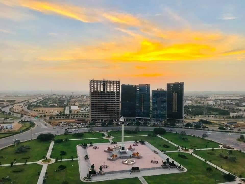 Chance Deal West Open 125 Yards Plot Ready Possession in Bahria Town Karachi